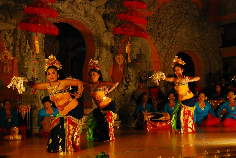 Bali has a variety of colorful traditions and cultural dances