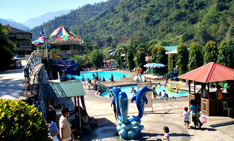 10 things to do in baguio city skyscanner philippines for Baguio country club swimming pool